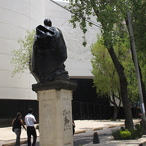 César Martínez